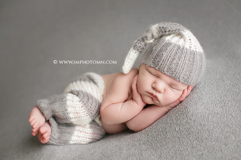 01 minnesota newborn photographer