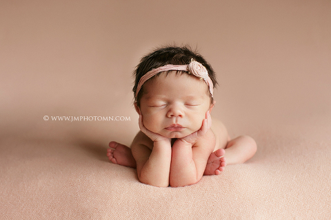 Minnesota newborn photographer pin it minneapolis newborn photographer pin it minnesota newborn photographer